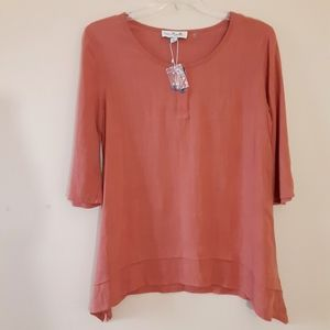 NWOT Simply Noelle Dusty Coral Tunic Sz Sm / Med